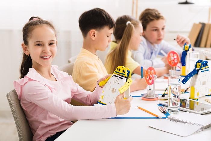 Merece la pena llevar a los niños a actividades extraescolares de robotica